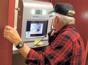 Share valuable memories with inmates by sending pictures